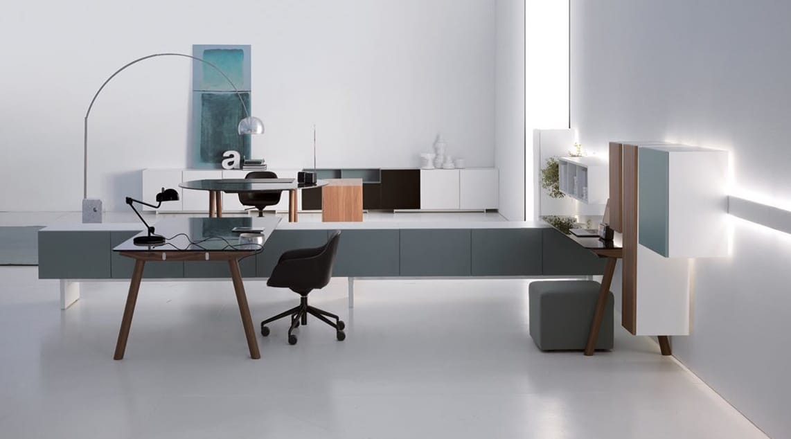 Office Furniture Table and chairs