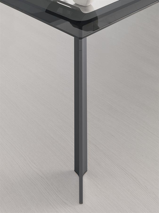 metal desk leg
